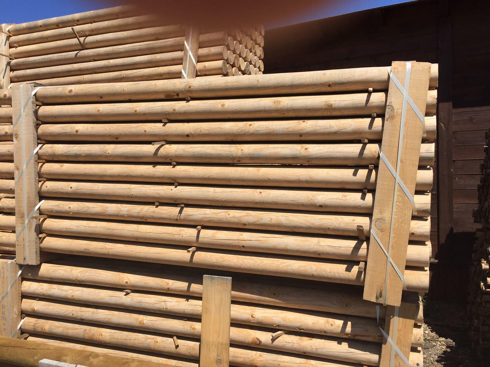 Palos redondos tablones y tablas maderas madesur for Techos redondos fotos